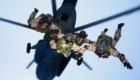 2.Άλμα ελεύθερης πτώσης ομάδας της ΚCCO από ελικόπτερο Mi-8.