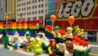Παιχνίδι LEGO που δίνει την δυνατότητα αναπαράστασης παρέλασης GAY PRIDE σε ανήλικα παιδιά. Κατά τα άλλα η δανέζικη εταιρεία θεωρεί επικίνδυνο το BLOCK 19 γιατί δίνει ιδέες οπλοκατοχής. Φαίνεται οι άλλες ιδέες των GAY PRIDE είναι θεμιτές...