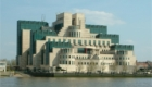 Το κτίριο της ΜΙ6 ή αλλιώς Secret Intelligence Service (SIS) στο Λονδίνο. Η υπηρεσία διαχειρίζεται επιχειρησιακά την Ε' Μοίρα των βρετανικών Ειδικών Δυνάμεων.