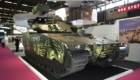 Το CV90 MkIV με πυροβόλο Bushmaster III των 35/50mm. (©«ΕΑ&Τ»/ Θεόδωρος Γώγος)
